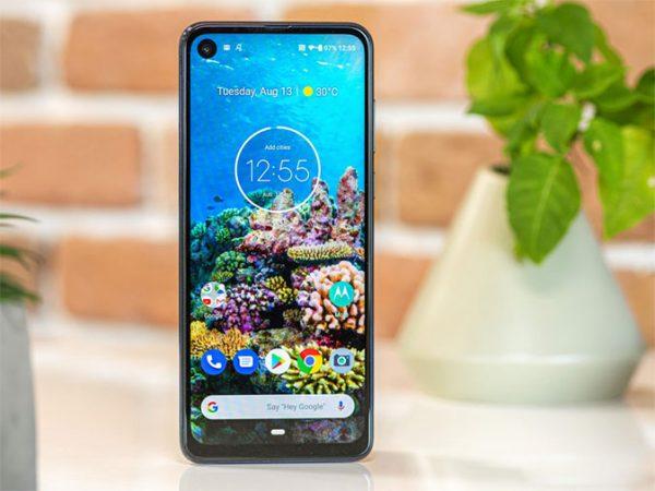 Motorola One Action-4