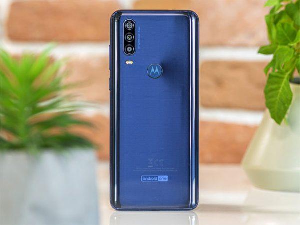 Motorola One Action-5