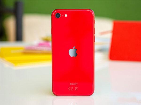 Apple iPhone SE-4